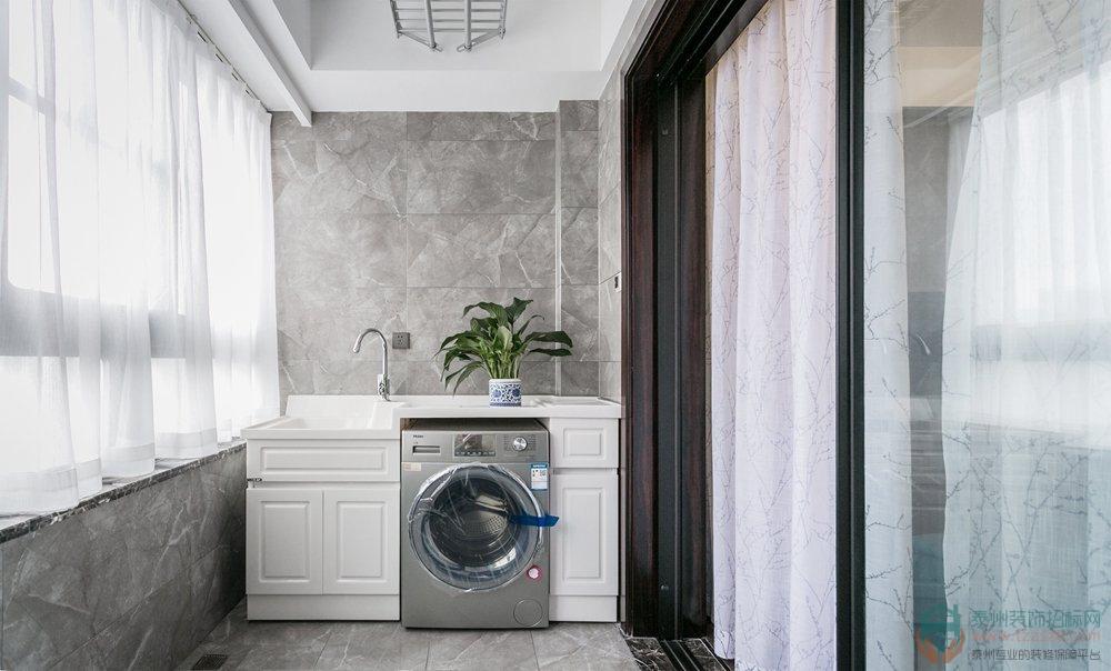 洗衣机假如放阳台,那别忘记装这个小物品!